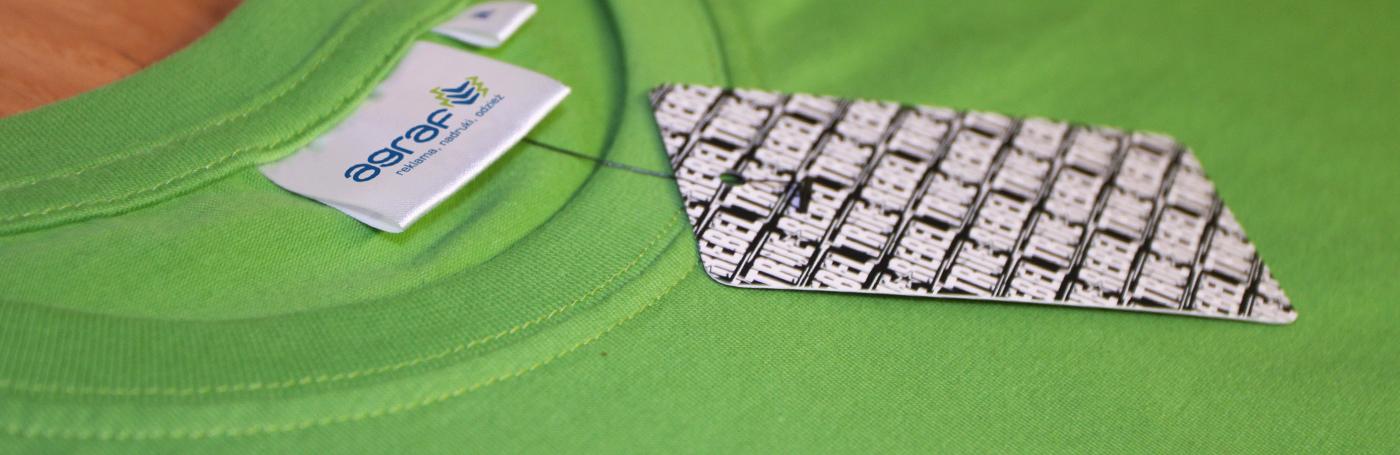 zawieszki kartonowe do odzieży